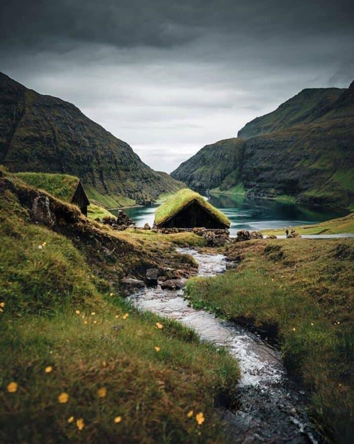 old turf houses in saksun - Guide to Faroe Islands