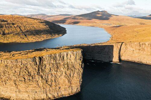 Lake Sorvagsvatn Guide to Faroe Islands