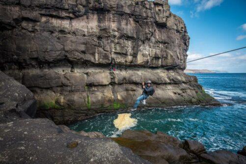 Rappelling Faroe Islands-2